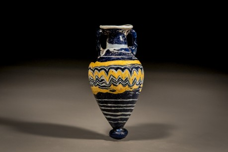 Greco-Phoenician Core-Formed Amphorisque